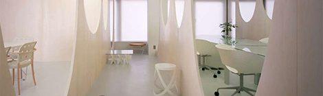 玻璃隔断在办公室装修中的应用与优势