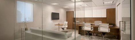 为什么办公室装修中流行玻璃隔断