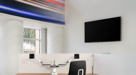 办公楼装修门和木地板的安装次序