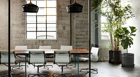 Creative-office-meeting-room-with-modern-furniture